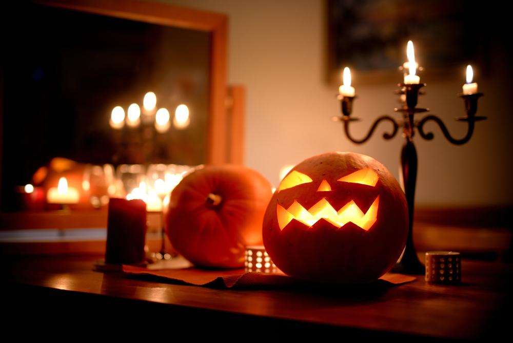 13 Fun Halloween Decorations