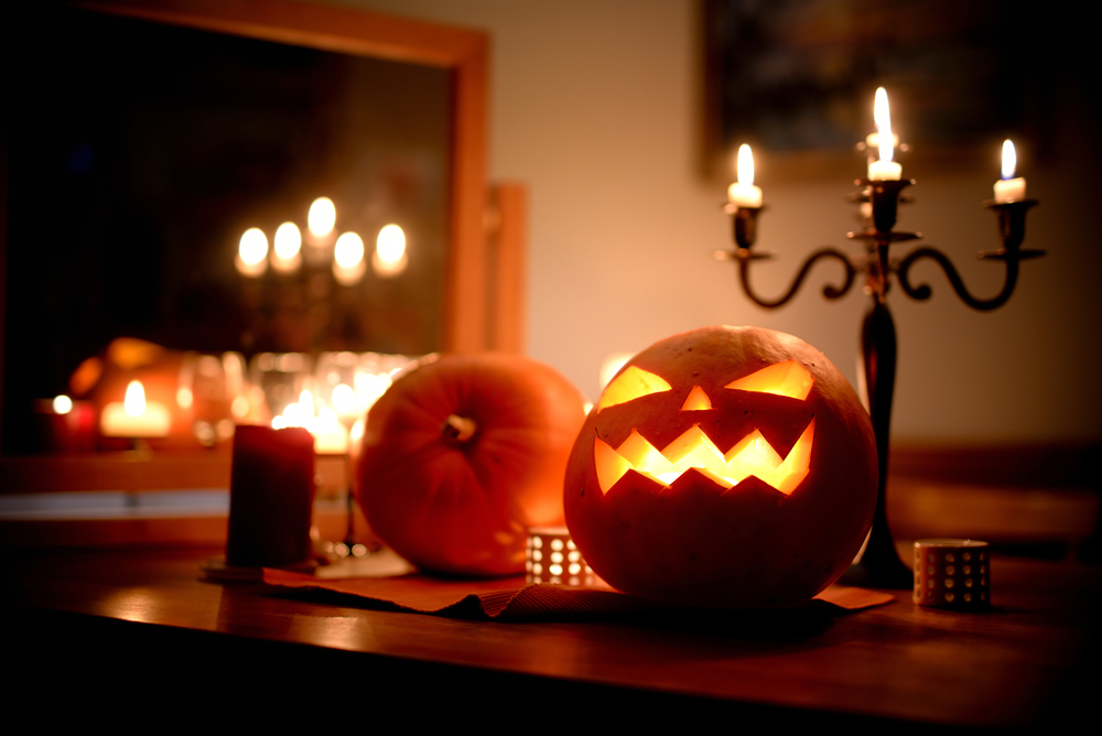 13 Fun Halloween Decorations