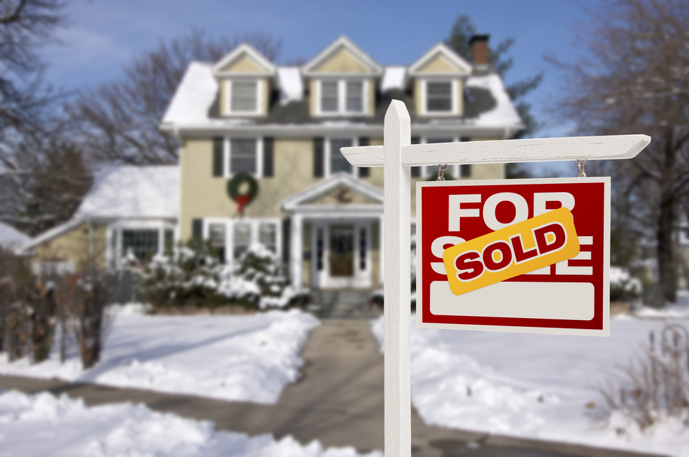 Buying A Home During the Holidays? Best Time to Buy